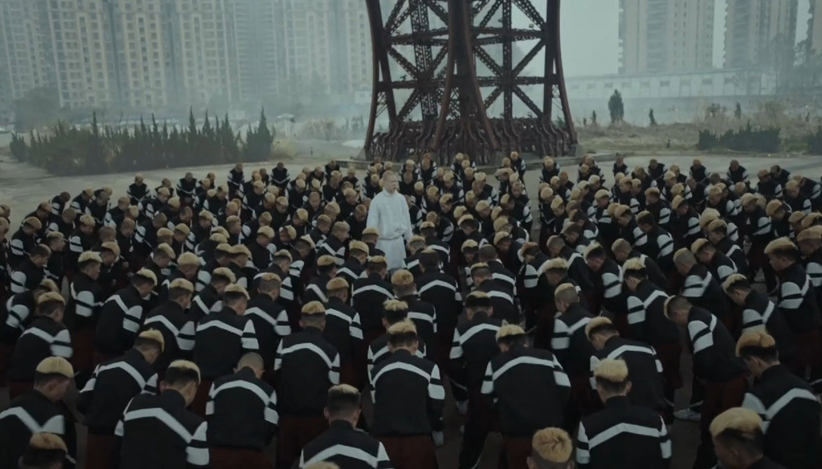 "Jamie xx ""GOSH"" by Romain Gavras"