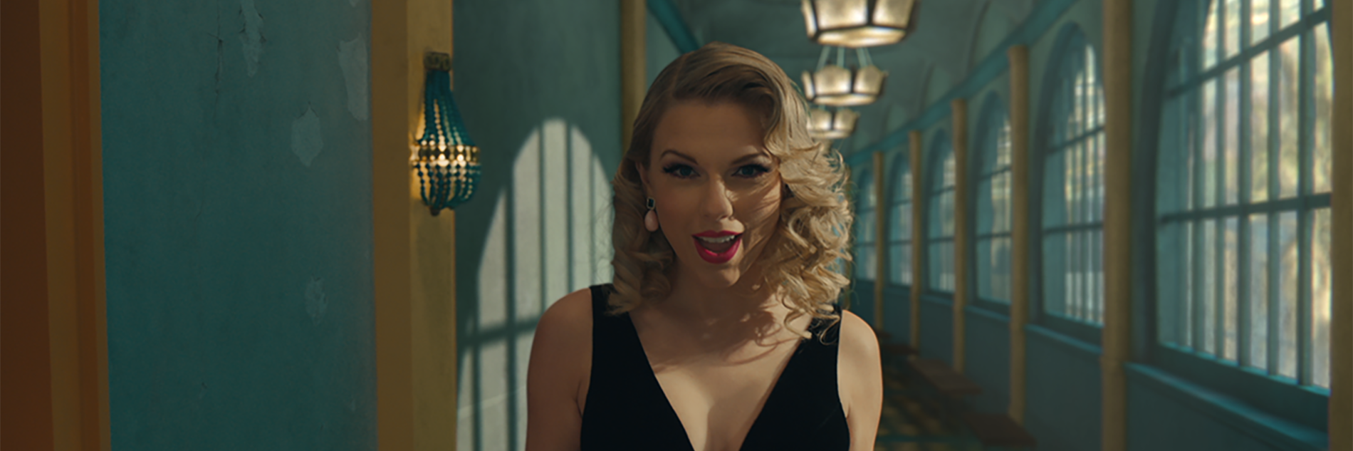 """Taylor Swift """"ME!"""" ft. Brendon Urie directed by Dave Meyers"""
